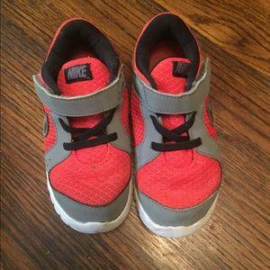 Nike 10c
